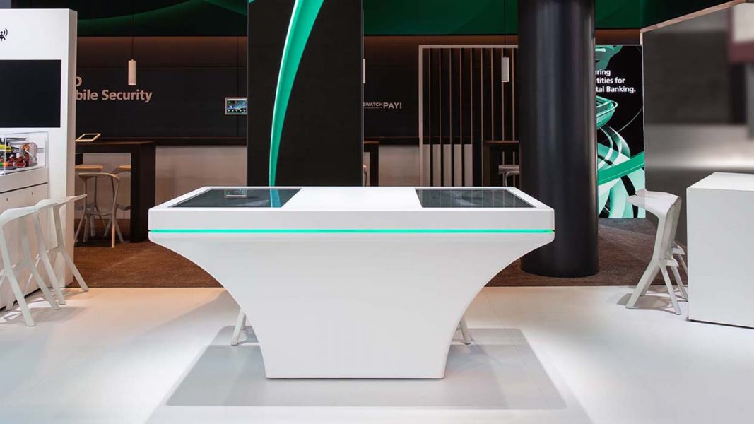 MWC-2019_ICT-AG_G+D-Mobile_Security_Messestand_Touchtable