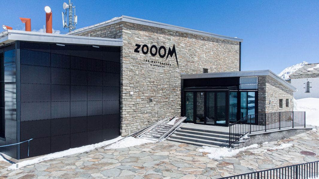Zooom-The-Matterhorn-Aussen