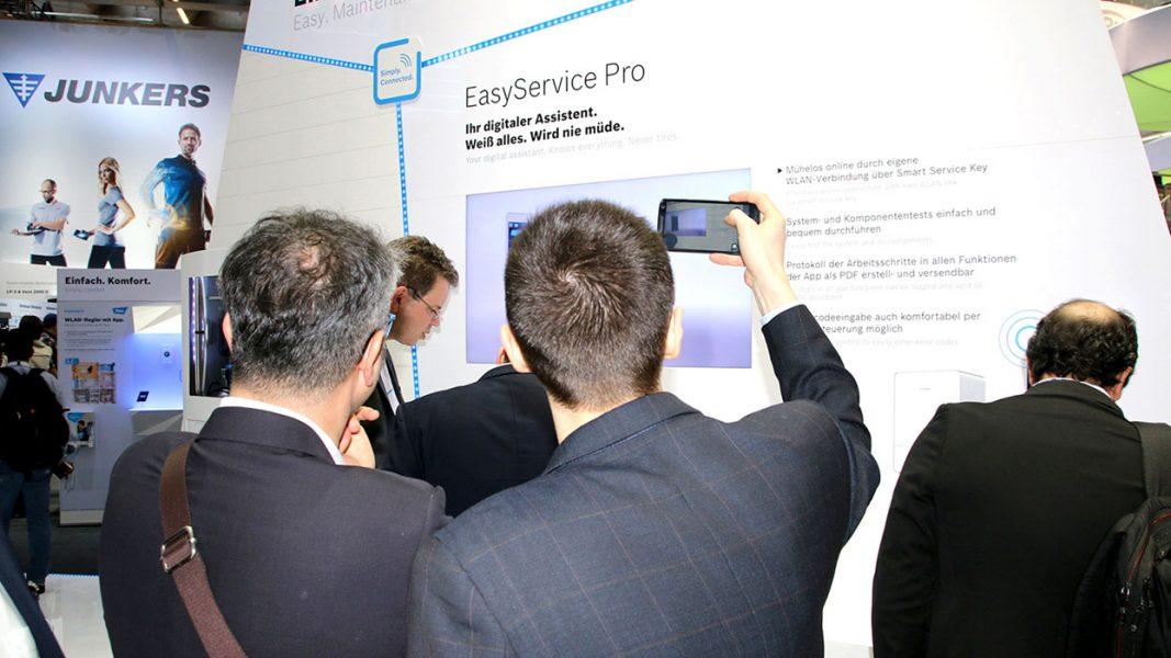 interaktiv-messestand-infotainment